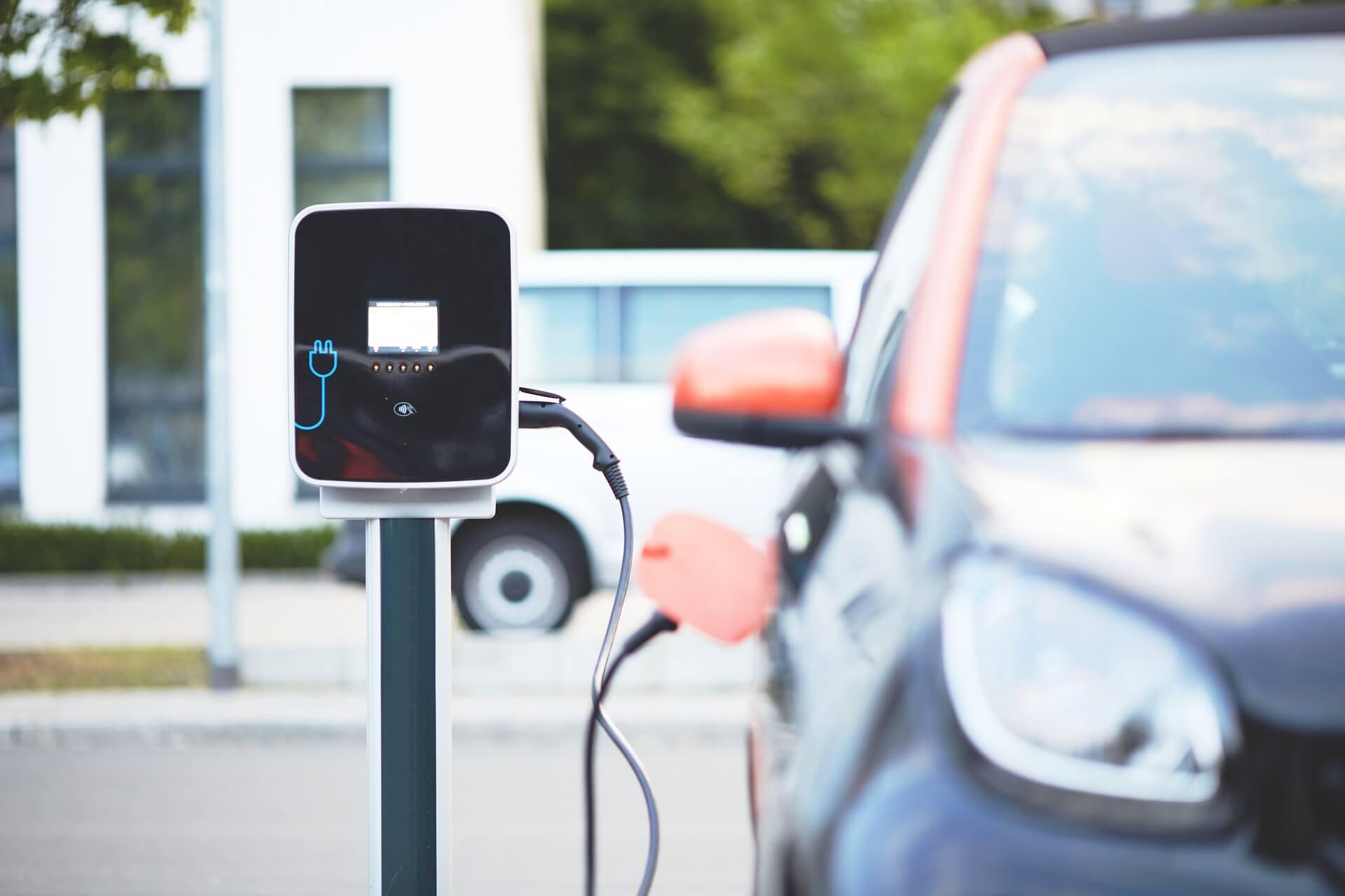 electric-car_gruene energie_elektro-innovation